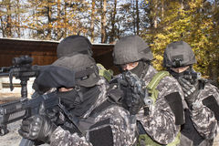 Speciale antiterroristenploeg Stock Afbeeldingen