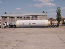 SPECIALE VRACHTWAGEN EN AANHANGWAGENvervoer stock afbeelding