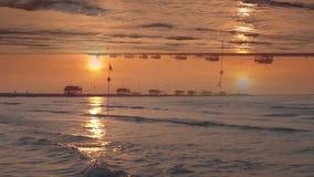 Specialeffekter av kusten på gryning stock video