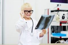 Specialist i radiologi Arkivbilder