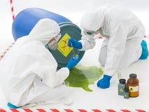 Specialisti all'incidente di rischio biologico fotografia stock libera da diritti