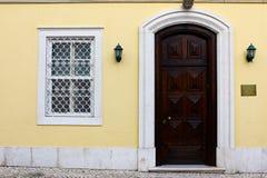 Specificera av en gammal dörr Royaltyfria Foton