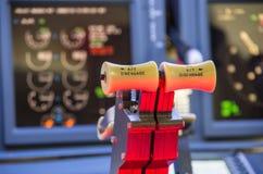 Gasspjäll av en hemlagad flygsimulator - Boeing 737-800 Royaltyfri Foto