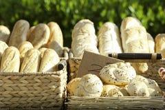 Traditionellt bageri i Rumänien royaltyfri fotografi