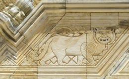 Specificera stentrappuppgången i borggården av den Swabian slotten royaltyfria foton