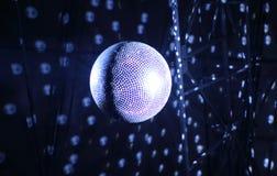 Specificerad materielbild för tak glänsande glitterball arkivfoton