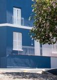 Specificerat foto av det blåa huset i den malajiska fjärdedelen, Bo Kaap, Cape Town, Sydafrika royaltyfria foton