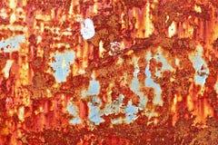 Specificerat t?tt upp textur av bruna och vita rostiga metallyttersidor i h?g uppl?sning fotografering för bildbyråer
