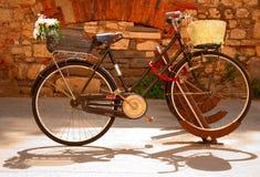 specjalizujący się rowerowy parking Obrazy Royalty Free