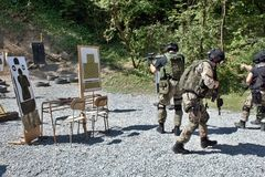 Specjalna jednostka policji w szkoleniu Zdjęcie Royalty Free