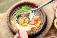 Specjalna polewka Mentaiko grule i rybi jajka z grzanką w st obrazy stock