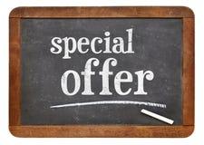 Specjalnej oferty blackboard znak obraz stock