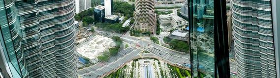 Specjalni budynki - bliźniacza wieża zdjęcia stock