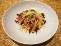Speck, Paprika und pecorino Spaghettis Lizenzfreie Stockfotos