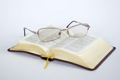 Free Spectacles Royalty Free Stock Photo - 4387935