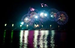 Spectaculair vuurwerk Stock Fotografie