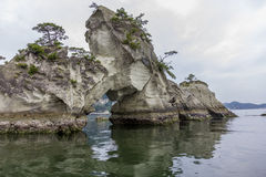 Spectaculaire kustlijn in Matsushima, die traditioneel als o wordt beschouwd Royalty-vrije Stock Afbeelding