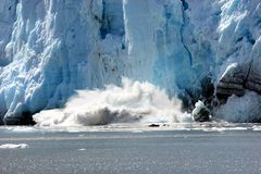 Spectacular calving glacier Royalty Free Stock Photos