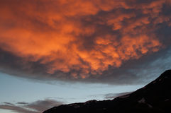 Spectacular sundown in mountains Royalty Free Stock Images