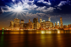 Spectacular sunset view of lower Manhattan skyline from Brooklyn Royalty Free Stock Photos