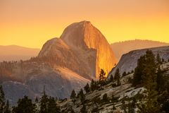 Free Spectacular Views Of The Yosemite National Park In Autumn, Calif Stock Photography - 160774522