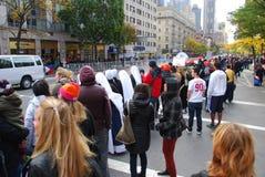 2014 spectateurs de marathon de NYC - nonnes Photo libre de droits