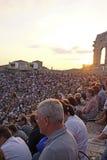 Spectateurs sur un concert dans l'arène de Vérone Photos libres de droits