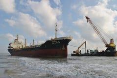 Spedica con carico sul canale di Kiel, Germania Immagini Stock