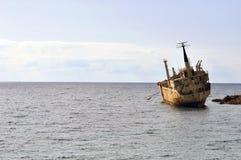 Spedisca il relitto nel Cipro Immagini Stock