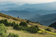 Spedizione di alpinismo ad un parco nazionale fotografia stock