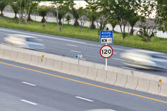 Speed limit and speed camera signpost Stock Photos