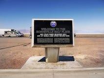 Speed-way international d'appartements de sel de Bonneville, Utah image libre de droits