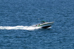 Speeding boat Royalty Free Stock Photography