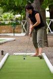 Speel miniatuur-golf Royalty-vrije Stock Foto's