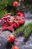 Speelgoed van de de Samenstellings het Rode Spar van de Kerstmisvakantie Stock Afbeeldingen