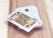 Speelkaart op het hout Stock Fotografie