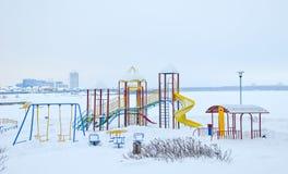 Speelplaats in de sneeuw Stock Afbeeldingen