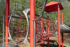 Speelplaats met met dia in park Lelystad, Nederland royalty-vrije stock afbeeldingen