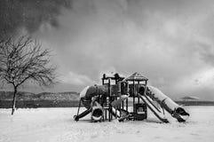 Speelplaats onder sneeuw Royalty-vrije Stock Afbeelding