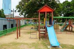 Speelplaats op openbaar park Royalty-vrije Stock Fotografie