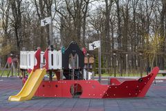 Speelplaats 2 van kinderen Royalty-vrije Stock Foto's