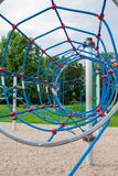 Speelplaats voor kinderen in het park Stock Fotografie