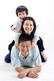 Speelse familie stock afbeelding