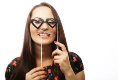 Speelse jonge vrouw klaar voor partij Stock Fotografie
