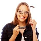 Speelse jonge vrouw klaar voor partij Stock Foto