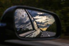 Spegel för bakre sikt av bilen royaltyfri foto