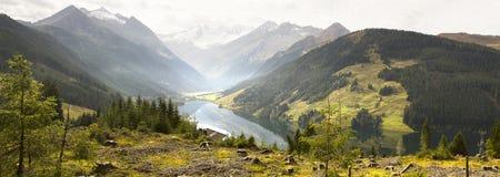 湖Speicher Durlassbode 图库摄影