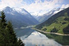 Speicher Durlassboden nära Gerlos, Österrike Arkivfoton