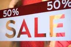Speichern Sie Verkaufs-Fenster-Anzeige stockbild