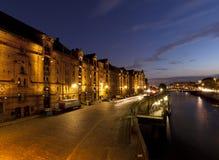 Speicherstadt Amburgo al crepuscolo fotografia stock libera da diritti